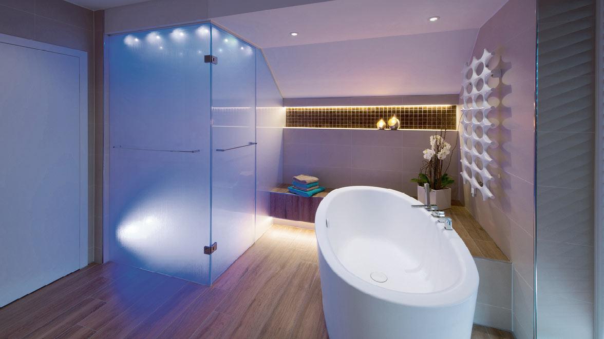 licht im bad f r 39 s wohlbefinden boddenberg leverkusen die badgestalter. Black Bedroom Furniture Sets. Home Design Ideas